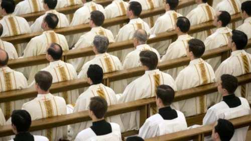 curas-Vaticano